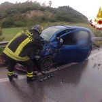 Belvedere Spinello: incidente stradale, ferite 3 persone