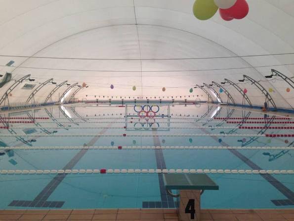 Nuoto gare natalizie a scopo benefico a crotone for Piscina olimpionica crotone