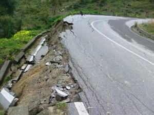 Curva pericolosa provinciale Cirò- Vallo