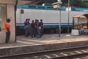 Polizia ferroviaria_migranti