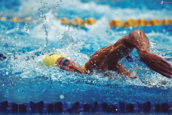 Nuoto crotone si prepara al trofeo citta di pitagora for Piscina olimpionica crotone