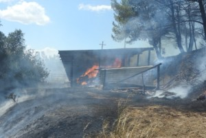 Struttura in fiamme