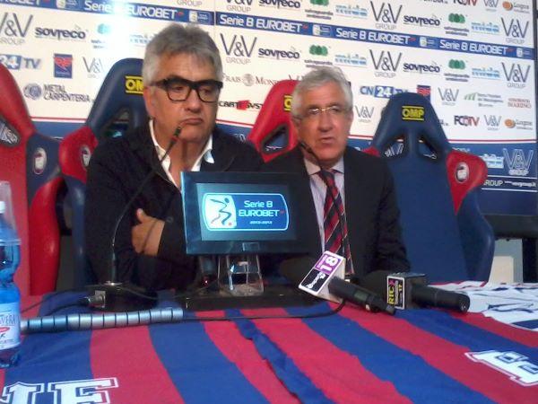 Doppietta nel calciomercato del Crotone: ufficiali Falcinelli e Trotta