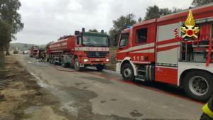 incendio-discarica-a-san-mauro-marchesato3