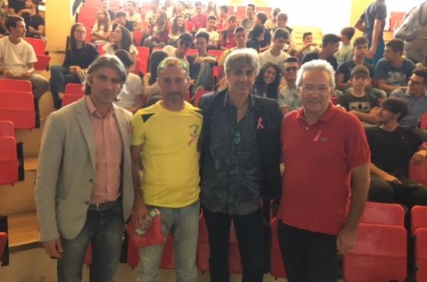La Lilt di Arezzo presenta la Campagna Nastro Rosa 2016