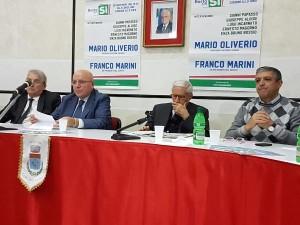 oliverio-a-cassano-con-marini-per-sostenere-le-ragioni-del-si-al-referendum1