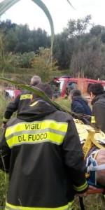 disperso-anziano-78enne-ritrovato-dai-vigili-del-fuoco-allinterno-di-un-canneto5