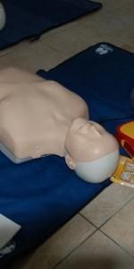 primo-soccorso-con-lutilizzo-del-defibrillatore-a-ciro-marina-69