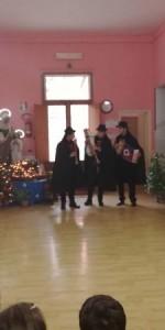 tradizione-natalizia-con-la-zampogna-per-le-strade-di-ciro-marina12