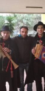tradizione-natalizia-con-la-zampogna-per-le-strade-di-ciro-marina8