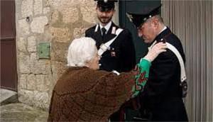 I Carabinieri di Petilia Policastro incontrano adulti e anziani di Mesoraca