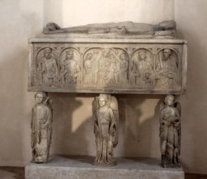 Chiesa di S. Francesco - Gerace - tomba di Nicola Ruffo di Calabria