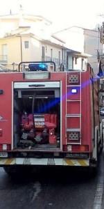 Incendio in una abitazione nel centro storico di Mesoraca (11)