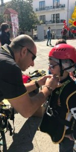 300 bambini pompieri con pettorina, casco ed imbrago, nel percorso della Pompieropoli a Cotronei8