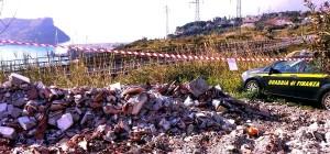 58 tonnellate di rifiuti speciali scaricati in area turistica, una denuncia e sequestro discarica - finanza4