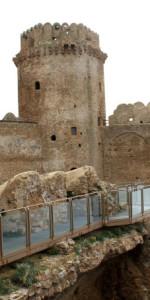 Castello di Le Castella - scorcio con Torre(3)