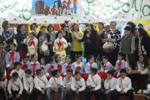 Cirò Marina, le scuole Capo Trionto ed Affatato concludono l'anno con Girotondo di Emozioni4