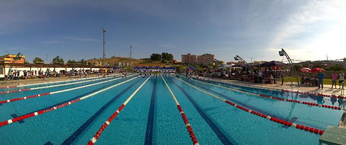 Oggi e domani grand prix categoria di nuoto estivo 2017 a for Piscina olimpionica crotone