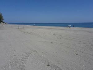 Mirto Crosia, Pulizia Spiaggia- tutto pronto per la stagione estiva1