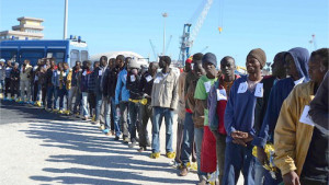 Hotspot Centro di identificazione Migranti nel Porto di Crotone, Corigliano e Reggio Calabria