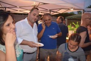 Tornano le feste, il divertimento, nella spaziosa Piazza Condoleo di Scandale (2)