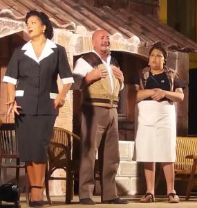 """Grande successo lo spettacolo """"Gente di rispetto"""" nel borgo antico di Cirò9"""