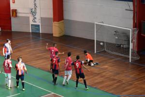 Calcio a 5: Città di Cosenza vs. LM Mirto 3-4DSC_0337 rigore a lato Schiavelli (M)