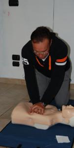 Cirò Marina, Formati 12 operatori di Primo Soccorso Blsd con l'utilizzo del defibrillatore (27)