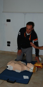 Cirò Marina, Formati 12 operatori di Primo Soccorso Blsd con l'utilizzo del defibrillatore (28)