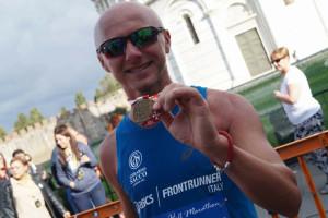Il crotonese Antonio Carvelli alla XI edizione della Cetilar Pisa Half Marathon (1)