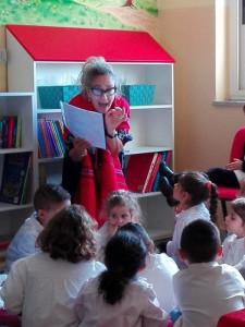 Inaugurata giornata a Strongoli il villaggio dei libri della maestra Teresa (1)