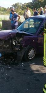 Incidente stradale sulla vecchia SS106, soccorsi dai Vigili del Fuoco (1)