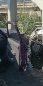 Incidente stradale sulla vecchia SS106, soccorsi dai Vigili del Fuoco (2)