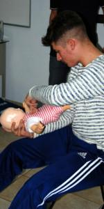 10 nuovi operatori di Primo Soccorso Blsd con l'utilizzo del defibrillatore formati a Cirò Marina (30)