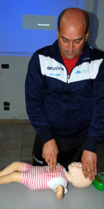 10 nuovi operatori di Primo Soccorso Blsd con l'utilizzo del defibrillatore formati a Cirò Marina (56)