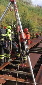 Addestramento dei Vigili del Fuoco su un ponte dismesso delle Ferrovie Calabro Lucane (2)