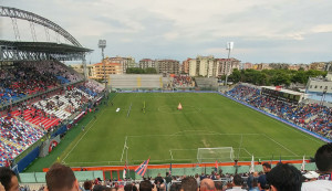 Crotone Calcio- Nessun allarme per l'agibilità dello stadio scida