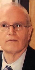 Dopo 40 anni di servizio va in pensione Eugenio Benevento, Cancelliere del Tribunale di Crotone