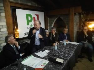 , Enzo Ciconte, Franco Pacenza (col microfono), Sergio Arena, Giuseppe Fico, Francesco Sulla, Nino Londino