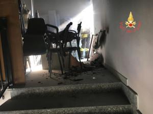 Principio di incendio all'Istituto Tecnico Professionale di Girifalco, evacuati gli studenti (2)