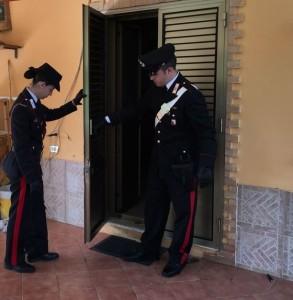 Tenta di rubare in un'abitazione, ma viene arrestato dai Carabinieri