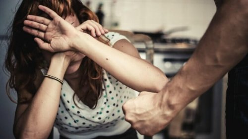 Violenza donne: 74,5% autori italiani