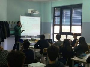 """Alternanza Scuola-Lavoro gli studenti del Liceo """"Guarasci"""" di Soverato all'Arpacal"""