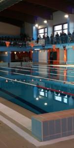 Centinaia di nuotatori di tutte l'età della Scuola Neysis di Cirò Marina per la gara di fine anno (1)