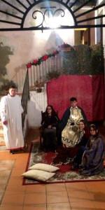 Centinaia di persone al Presepe vivente nell'Antico Borgo di Cirò (13)
