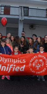 """FlashMob a Cirò Marina, Centinaia di persone hanno invaso Via Venezia danzando """"Mi fai volare"""" (23)"""
