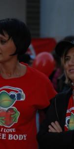 """FlashMob a Cirò Marina, Centinaia di persone hanno invaso Via Venezia danzando """"Mi fai volare"""" (56)"""