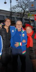 """FlashMob a Cirò Marina, Centinaia di persone hanno invaso Via Venezia danzando """"Mi fai volare"""" (6)"""