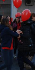 """FlashMob a Cirò Marina, Centinaia di persone hanno invaso Via Venezia danzando """"Mi fai volare"""" (70)"""