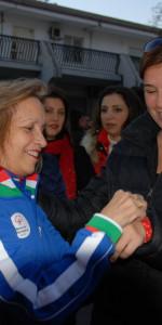 """FlashMob a Cirò Marina, Centinaia di persone hanno invaso Via Venezia danzando """"Mi fai volare"""" (8)"""